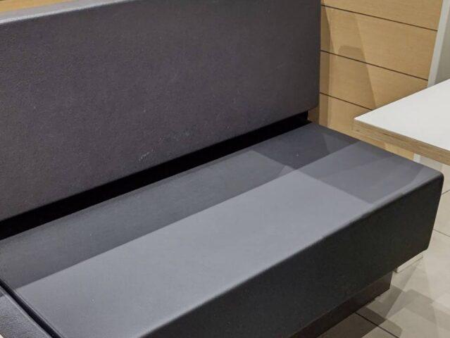 店舗家具 ハンバーガーショップのテーブル席作成
